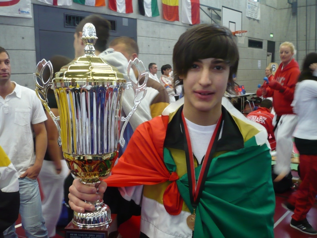 Enzo medaglia d'oro!! Categoria Under 16 WKF 63 kg