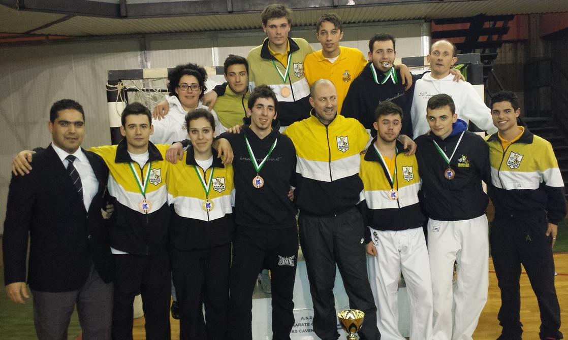 """(16 Febbraio 2014) Il Team Karate Genocchio vince il Campionato Regionale di Kumite categoria """"Assoluti"""""""
